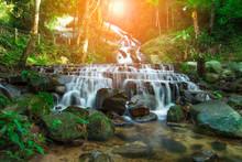 Mae Kampong Waterfall Mea-on C...