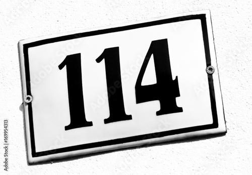 Tela  Hausnummer 114