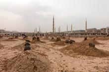 Ancient Graves In Jannat Al Ba...