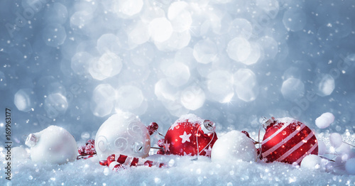 Stampa su Tela  Winter decorations with sparkling snow