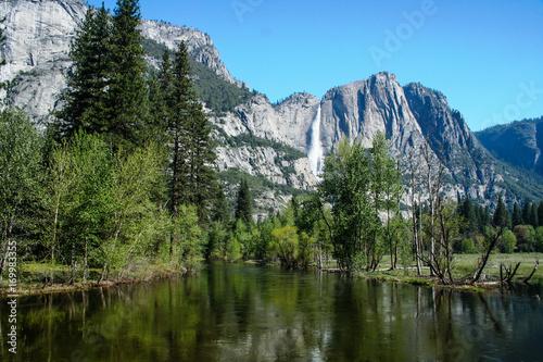 Photo  Yosemite Falls Ahwahnee Meadow Spring