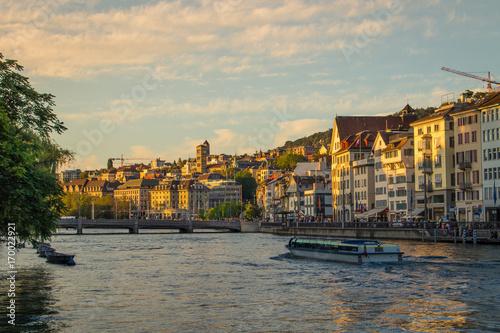 Photo  Sunset skyline of Zurich