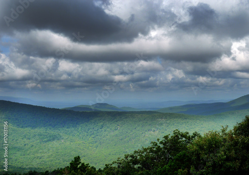 Fotografie, Obraz  Ouachita Mountains in southeastern Oklahoma, featuring curving roads and scenic