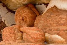 Brick Image Of Dead Buddha On ...