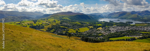 Fotografie, Tablou Keswick and lake Derwent Water wide panorama from Latrigg, UK