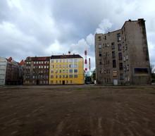 Znane Miejsca We Wrocławiu - Podwórko, Które Wystąpiło W Wielu Filmach; Między Innymi W Moście Szpiegów Stevena Spielberga