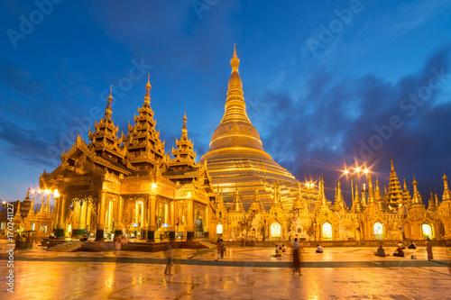 Fototapeta  Shwedagon Pagoda at night in Yangon, Myanmar.
