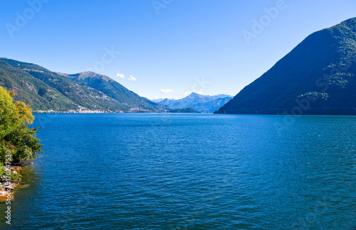 Architectures and landscapes of Como Lake Canvas Print