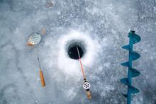 Hole, Ice Pick, Wodecka
