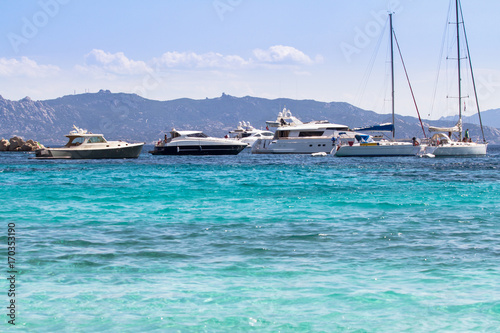 Foto op Plexiglas Caraïben Sailing ships and luxury yachts in the sea