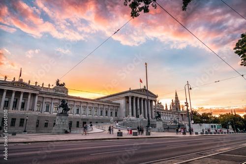 Spoed Fotobehang Wenen Austrian Parliament building on Ring Road in Vienna