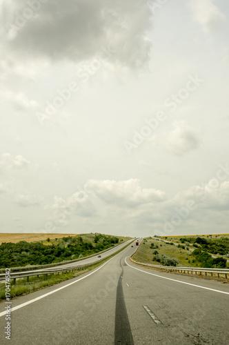 In de dag Route 66 Highway through the fields towards the horizon
