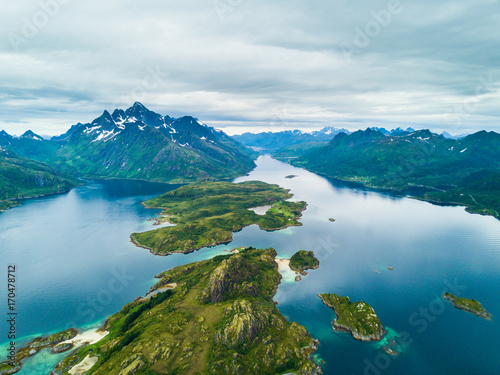 In de dag Noord Europa Aerial view mountain landscapes on the Norwegian Sea