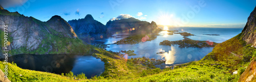 In de dag Ochtendgloren Sunrise over fishing village of Reine in Lofoten Islands, Norway