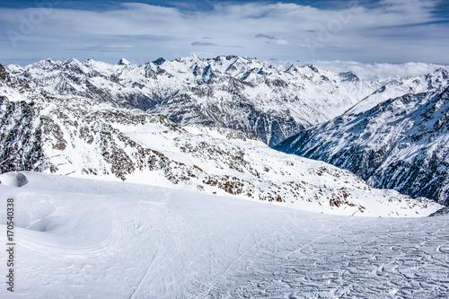 Fotobehang Wintersporten winter road