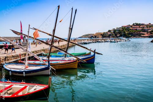 Cadres-photo bureau Port Les barques Catalane à Collioure la perle de la côte vermeille