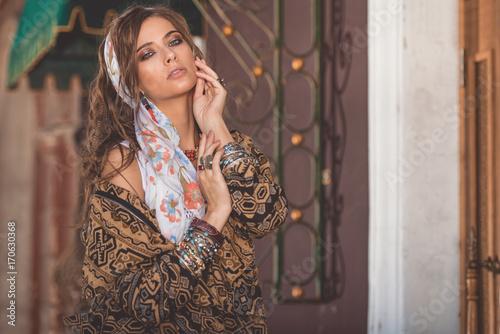 Poster Gypsy glamorous boho look