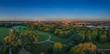 Sonnenaufgang im Englischen Garten von München, der grünen Lunge in der bayrischen Landeshauptstadt, ein berühmter Park