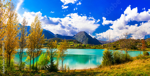 Beautiful autumn landscape with turquoise lake Lago di Castel San Vincenzo in Molise, Italy