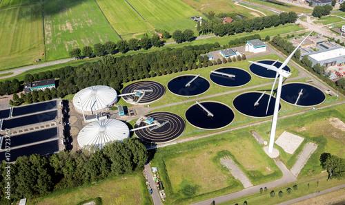 Fotografía  waste water sewage treatment plant aerial