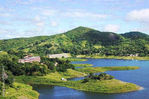 Cuba:  Hanabanilla Lake or Dam,  Aerial View Billede på lærred