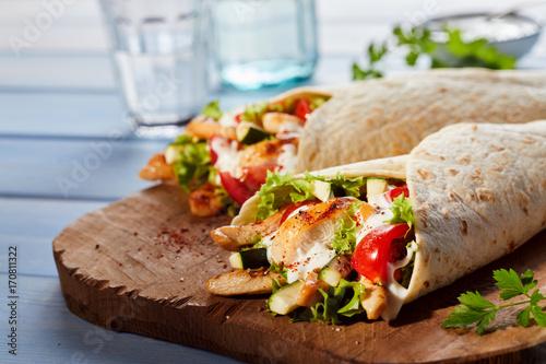 Fotografía  Healthy Tex-Mex tortilla wraps