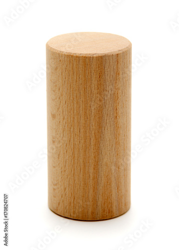 Foto wooden geometric shapes cylinder prism  isolated on a white