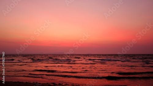 Papiers peints Corail Un coucher de soleil depuis Rabbit Island - Cambodge