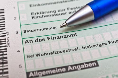 Fotografía  Steuern-Abgaben Finanzamt