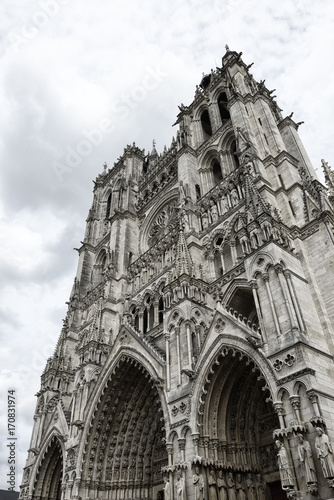 Foto op Aluminium Eiffeltoren Amiens Cathedral is a Roman Catholic cathedral