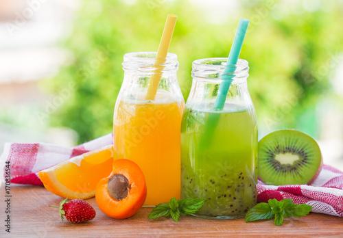 Poster Cuisine Orange and kiwi juice