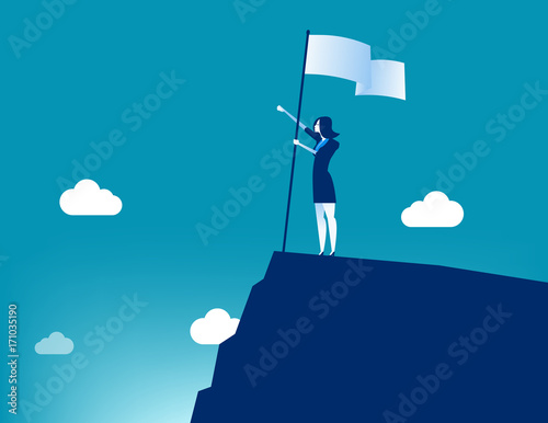 Photo Businesswoman holding flat and standing on top mountain