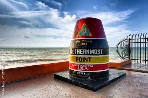 Valokuva  The Key West Buoy sign marking the southernmost point on the continental USA and