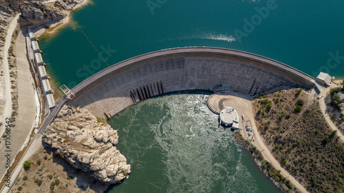Cadres-photo bureau Barrage Hydroelectric Dam in Idaho made of cement