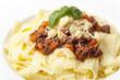 Portion Tagliatelli mit Sauce bolognese