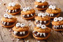 Toothed Monsters Of Cookies Cl...