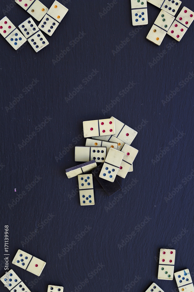 фотография  Old dominoes