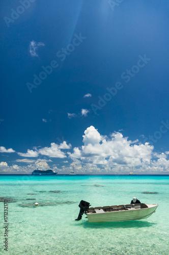 Poster  Paradise view of Rangiroa atoll, French Polynesia