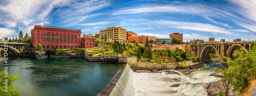 Printed kitchen splashbacks Beige Washington Water Power building and the Monroe Street Bridge along the Spokane river