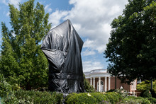Robert E Lee Statue Covered