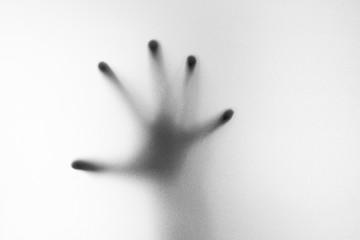 Cień ręki białe matowe szkło