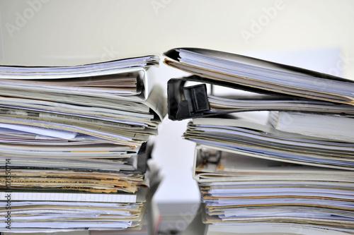 Fotografía  Bürokratie, Akten, Ordner, Mappen, Recht, Gesetz, bürokratisch, Bauantrag, Bauor