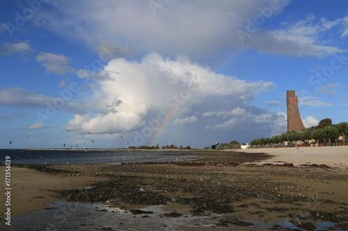 kiten am Strand von Laboe