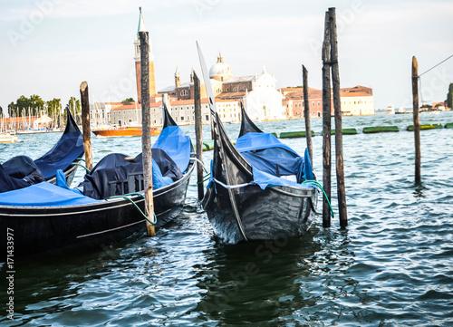 Foto op Aluminium Gondolas beautiful gondola in the venetian water