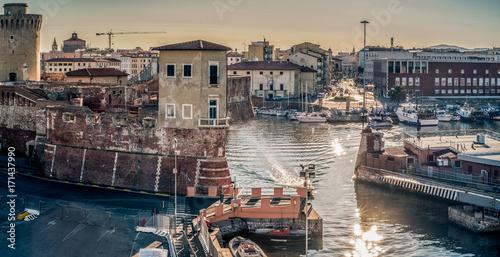 Foto auf Gartenposter Stadt am Wasser Livorno - The Medicean harbor gateway.