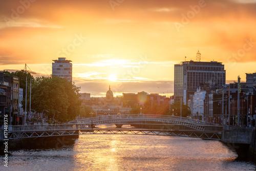 Obraz na dibondzie (fotoboard) Dublin Sunset River Liffey