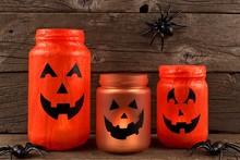 Mason Jar Halloween Jack O Lan...