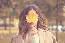 Beautiful Autumn Woman With Au...