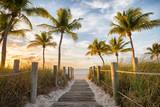 Fototapeta Nowy York - Footbridge to the Smathers beach on sunrise - Key West, Florida