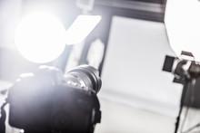 Photograpy Studio With Lightin...